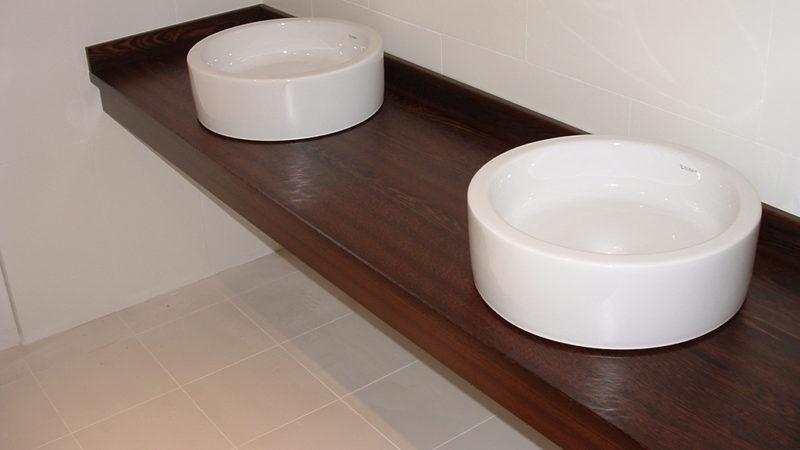 Plan de toilettes en Angélique